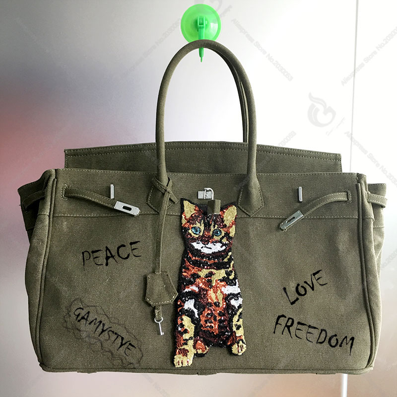 17c565a16ac2 Gamystye 2018 New Cut Cat Women Canvas Tote Lock Hasp 18  large bag Design  Luxury