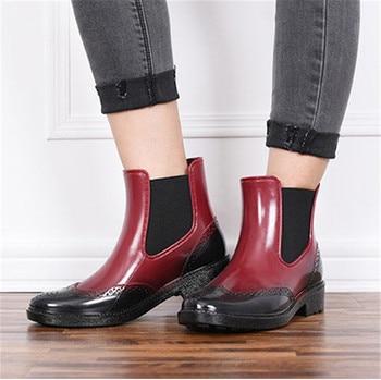 4d1164fdc6 Outono Sapatos Femininos Botas de Chuva de Borracha Botas Chelsea Botas  Menina botas de Plataforma Plana Botas Primavera Tornozelo Prova D' Água  dames ...