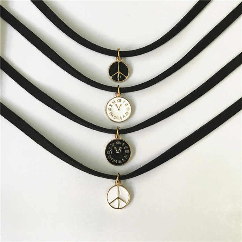 レトロチャームジュエリー女性ゴシックブラックレースベルベットチョーカーネックレス愛のクロスネックレス & ペンダント女性のギフトのため手作り