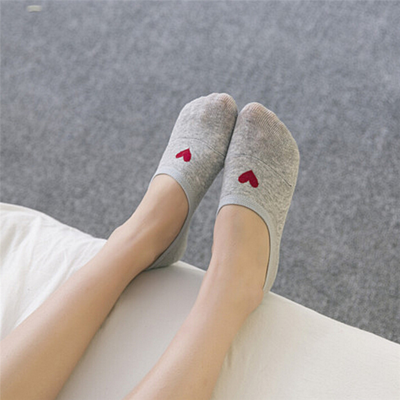 Women Socks Non-slip Silicone Women Invisible Socks Cotton Shallow Mouth Candy Colors Heart Ankle Socks