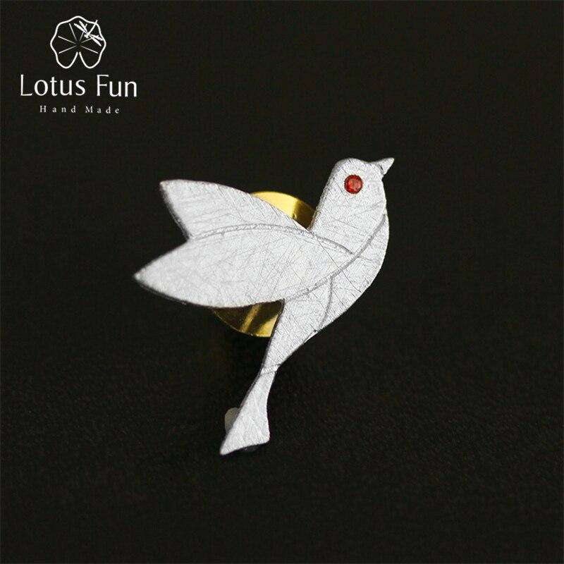 Silber-Pin, gebürstet, Kleiner Vogel mit rotem Zirkonia-Auge   925 Brosche 925 Silber Broschen Friedenstaube