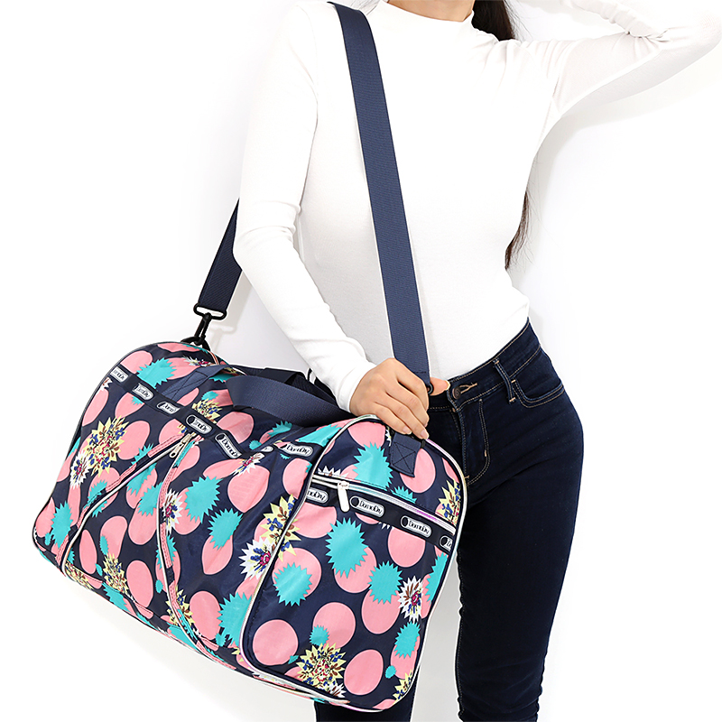 Women Large Travel Bag Folding Duffle Bag Portable Travel Organizer Weekend Bags Crossbody Big Overnight Bags Waterproof Tote