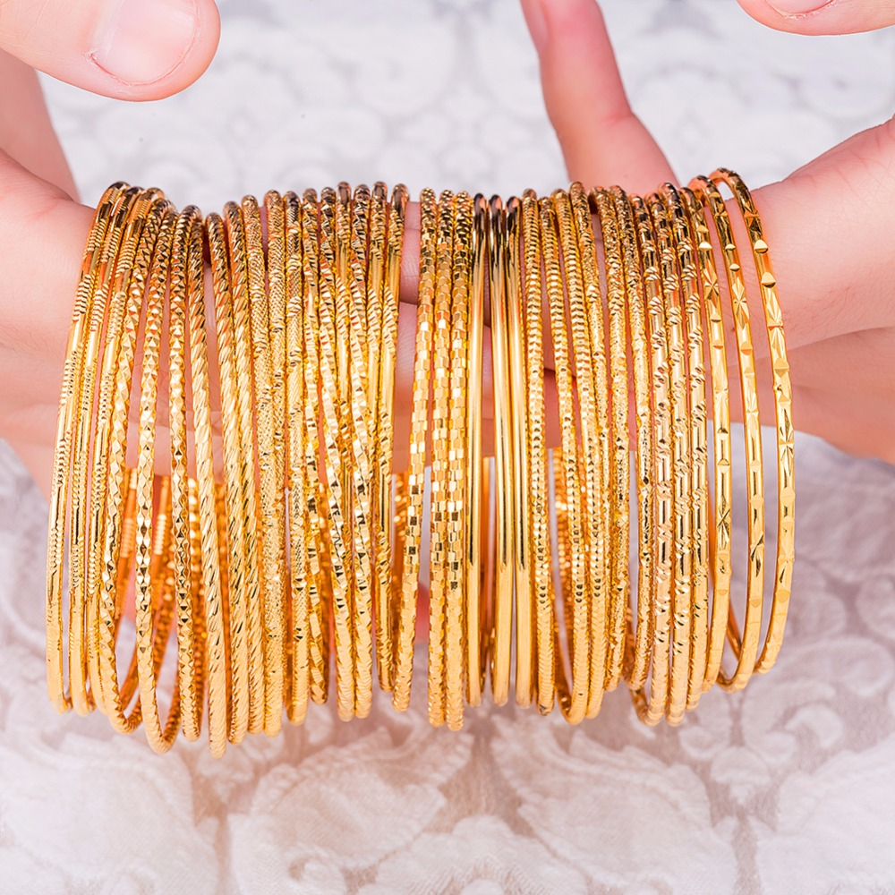 1 St Vrouwen Luxe Dubai Gold Bangle 2mm Dunne Armband Mode Caved Sieraden Gift #249829