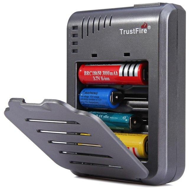 Carregador 18650 trustfire tr-003 carregador universal 4 p li-ion carregador de bateria 18650/10430/10440/14500/cr123a/17500/17670