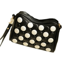 Mini Gomoku Satchel Shoulder Bag Vogue Messenger Bag With Go Chess Pieces Black And White Button