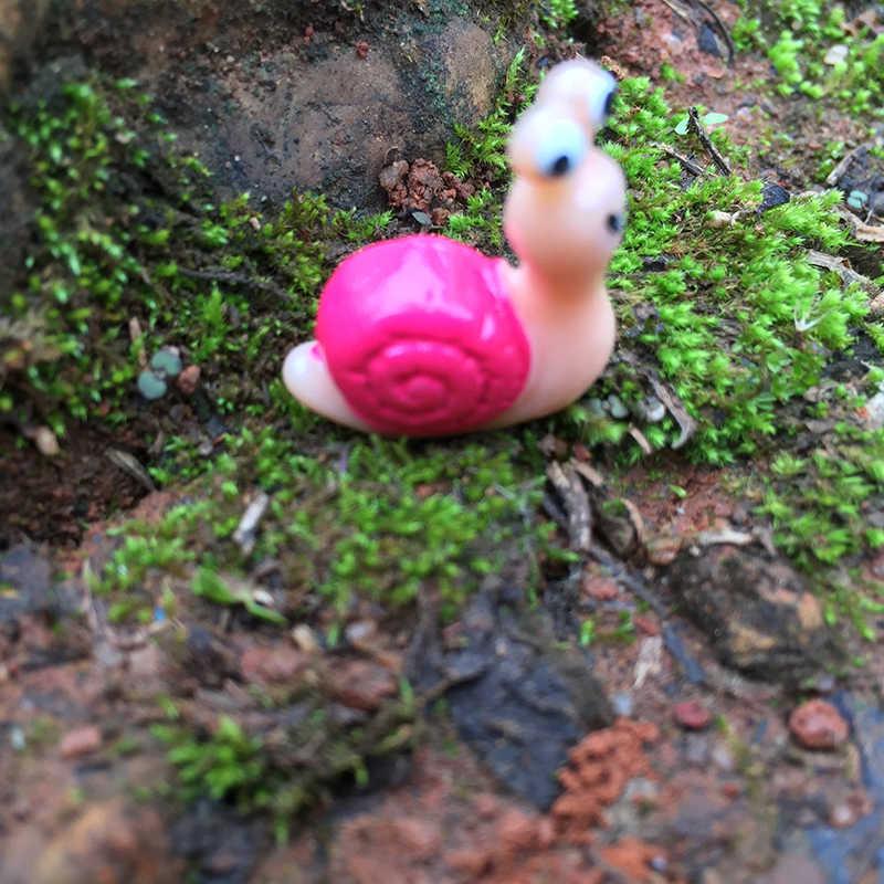 Mini Cute Big Eye Snail Fairy Garden Miniatures Garden Ornament Decoration Micro Landscape Bonsai Figurine Resin Crafts Garden