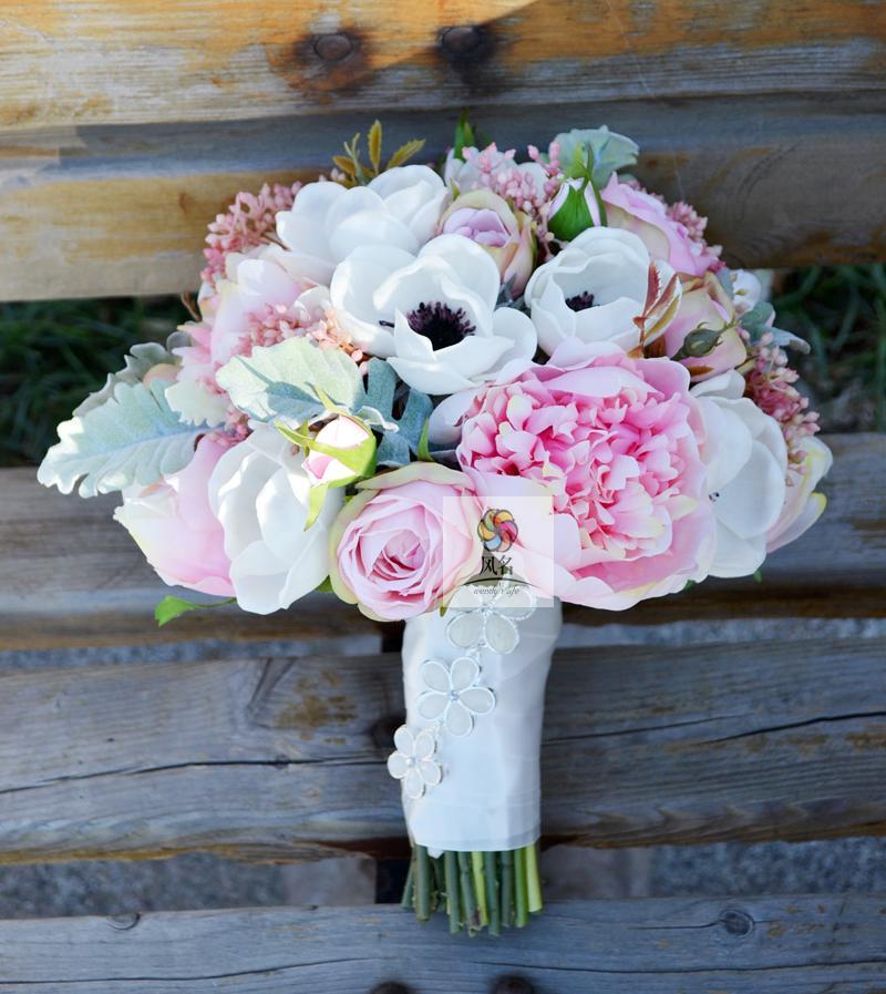 Nouveau créatif à la main rétro blanc Rose pivoine argent Lotus Rose mariage main tenant fleurs mariée décoré bouquet fleur