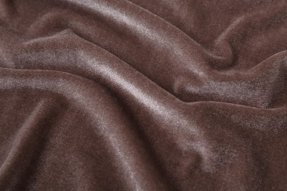 Lihtsad sametist kleidid