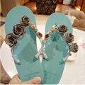 Летние женщины стразы стринги тапочки алмазные квартиры пляжная обувь сандалии блестящие фантазии сандалии флип-флоп гавайских стилет