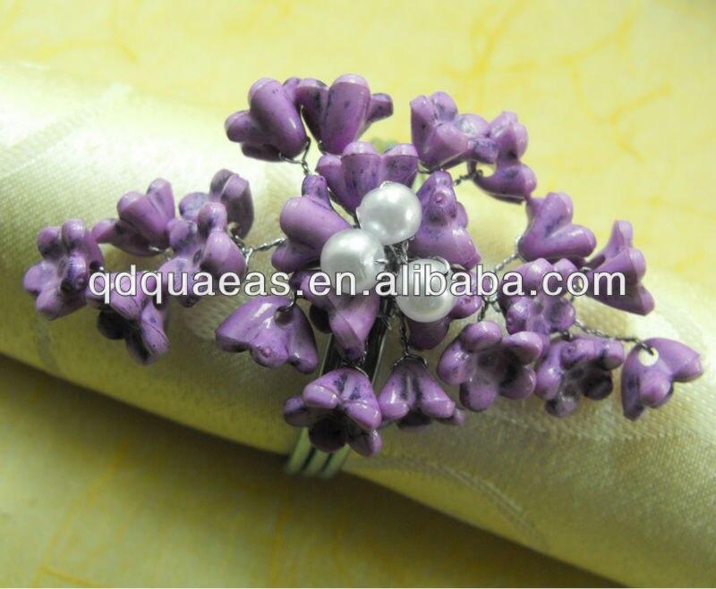 Кольца для салфеток фиолетовый акриловый цветок