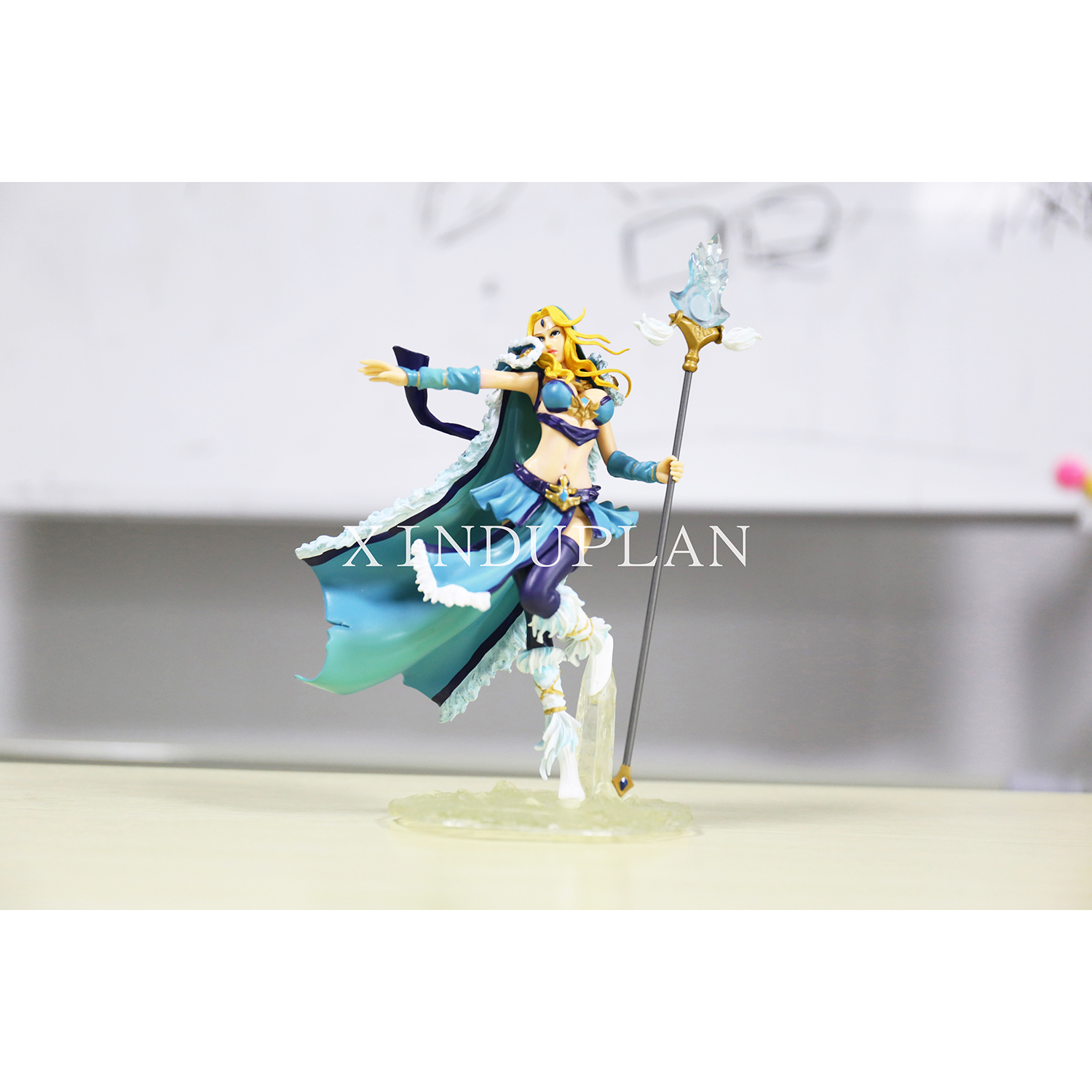 XINDUPLAN Dota 2 Anime Dota2 Crystal Maiden CM Action Figure Toys Cartoon Game 1Pcs 22cm PVC Kids Collection Model 0186 street fighter v chun li bigboystoys with light action figure game toys pvc action figure collection model toys kids for gift