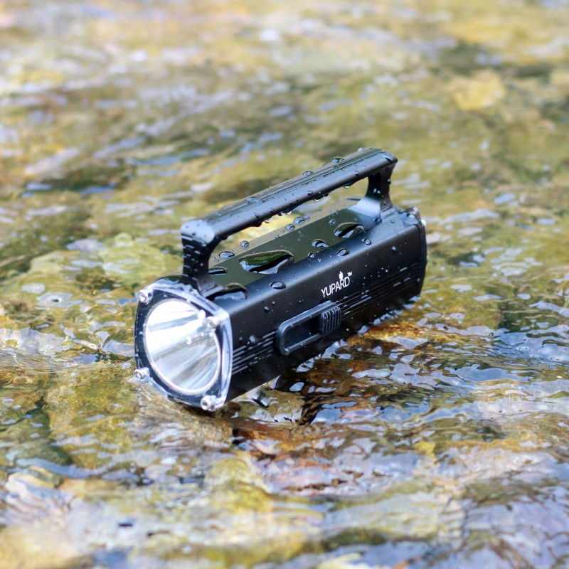 YUPARD XM L2 T6 LED Waterproof underwater Diving diver swiming Flashlight torch 100m depth rechargeable Battery