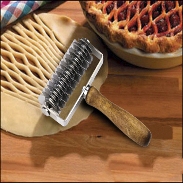 stainless steel wooden handle roller knife