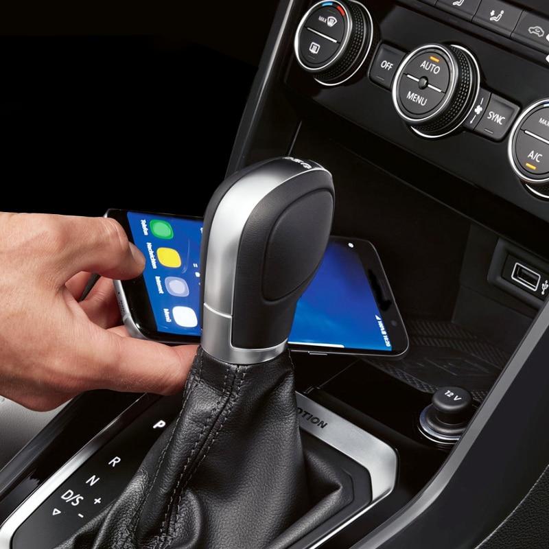 Для VW T roc Teramont Phideon для Jetta 2019 автомобильное QI Беспроводное зарядное устройство мобильное зарядное устройство Быстрая зарядка держатель телефона аксессуары-in Лепнина для интерьера from Автомобили и мотоциклы
