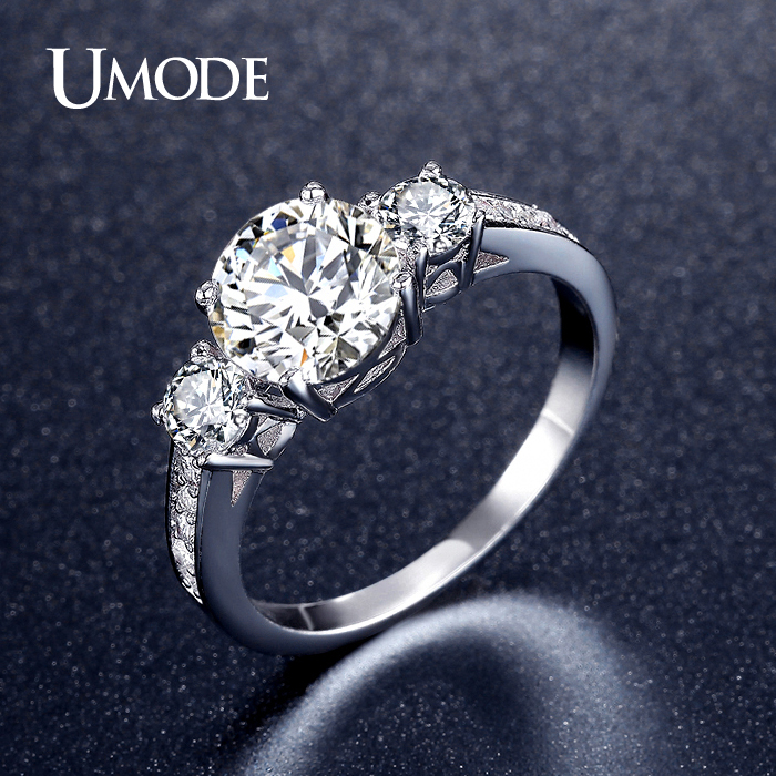 UMODE Romantic Three Stone Engagement Rings White Gold Color CZ Vintage Wedding Female Rings Jewelry for Women Bijoux UR0325 men wedding band cz rings jewelry silver color anillos bague aneis ringen promise couple engagement rings for women