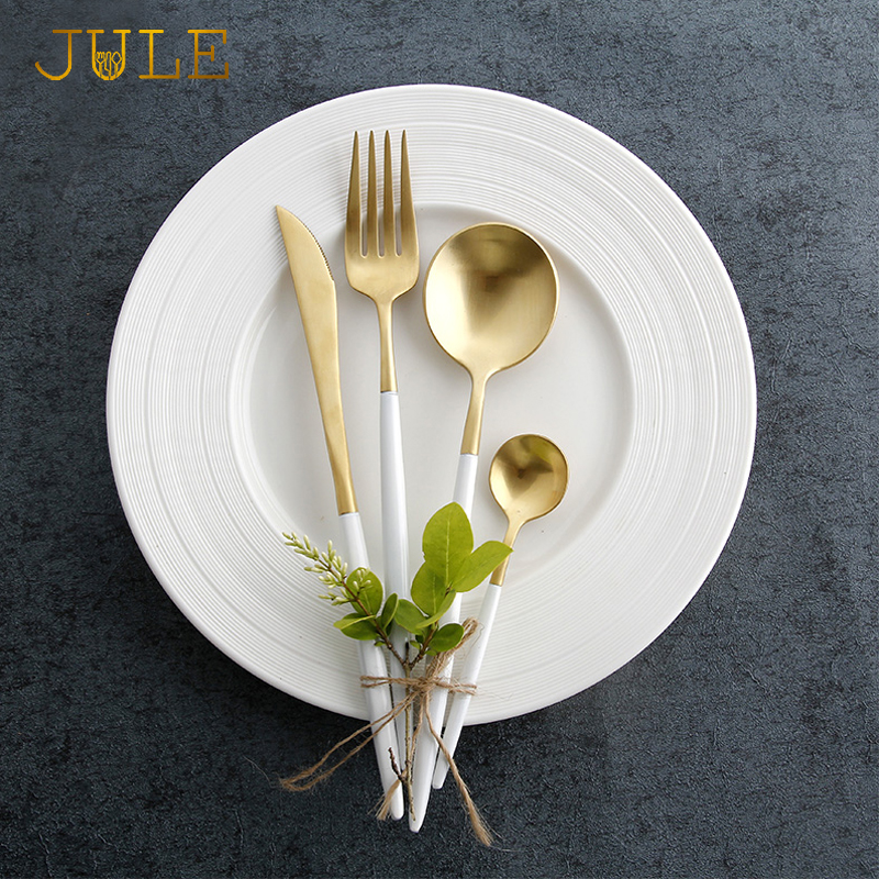 24pieces ccutipol Style Gold Cutlery <font><b>Set</b></font> Dining <font><b>Knive</b></font> Forks <font><b>Dinnerware</b></font> <font><b>Sets</b></font> 18/8 Stainless Steel Golden Restaurant Tableware <font><b>Set</b></font>