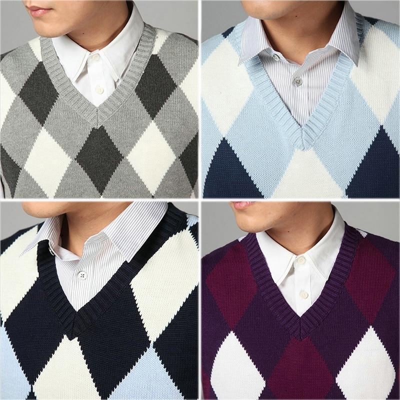 2020  Fashion Design V Neck Male Waistcoat Knitted Vest Men Sleeveless Sweater Argyle Pattern Pink Purple Grey Navy