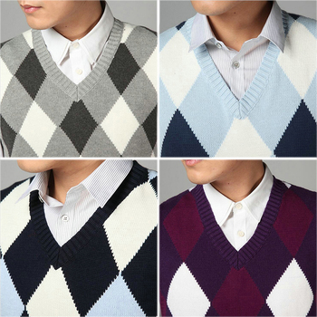 цена на 2020  Fashion Design V Neck Male Waistcoat Knitted Vest Men Sleeveless Sweater Argyle Pattern Pink Purple Grey Navy