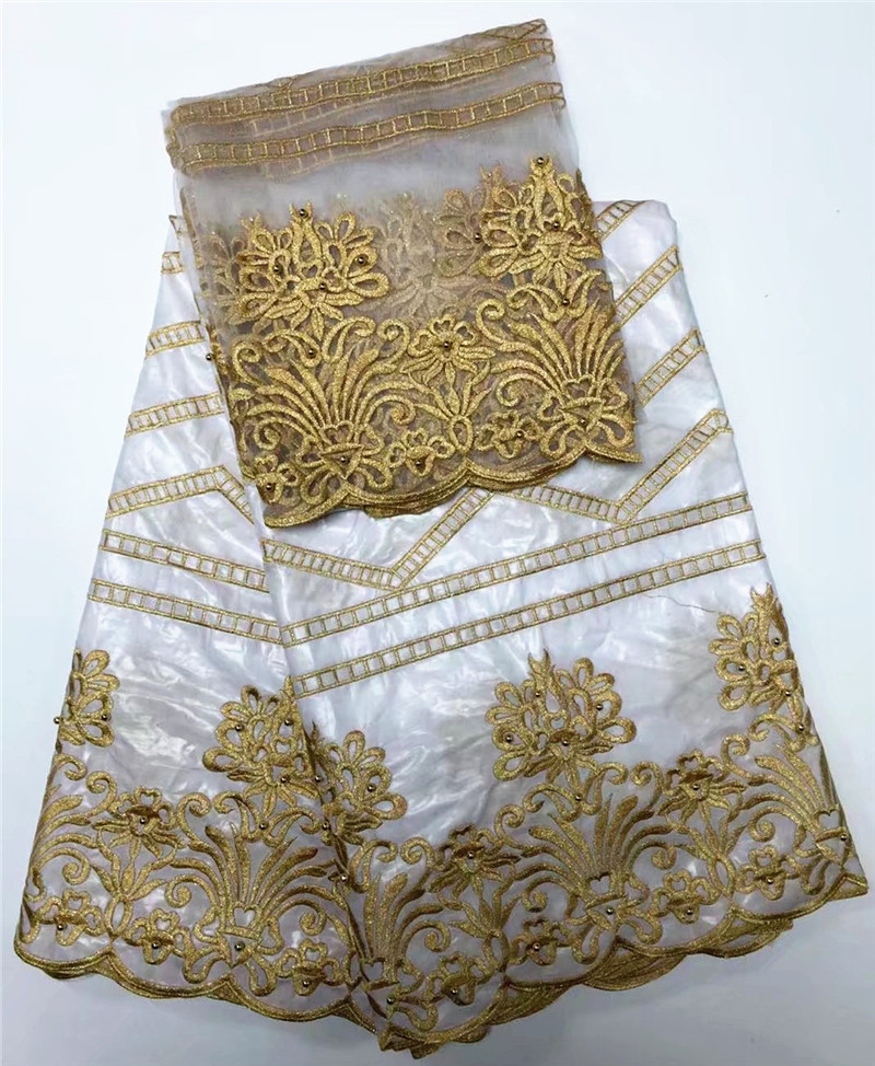 Bazin riche di colore bianco ricamato con tulle tessuto in pizzo tessuto Africano Bazin per donna vestito