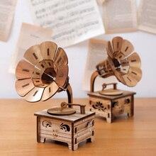 купить Creative Gramophone Musical Boxes DIY Wooden Music Box Wood Retro Crafts for Birthday Gift Vintage Home Decoration Accessories дешево
