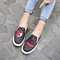 2017 Nueva Primavera Verano Mujer de Encaje Hasta Zapatos Casuales Resbalón en Holgazanes Pisos Mujeres Transpirable Zapatos Sapato Feminino Superestrellas