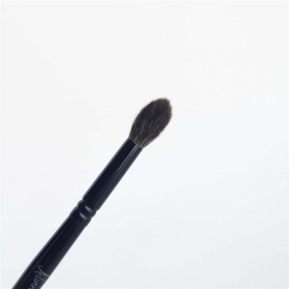Brush 03 Large Eye Shadow Crease Brush _ 3