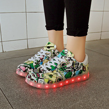 7ipupas New Led Shoes Men Unisex Luxe Brand Casual Light up Led Calzado Hombre Cheap Top