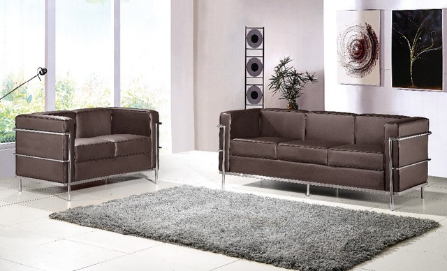 le corbusier leather sofa le corbusier grand comfort. Black Bedroom Furniture Sets. Home Design Ideas