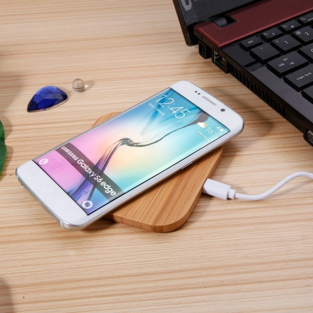 Bamboo Grained Qi Wireless Charger