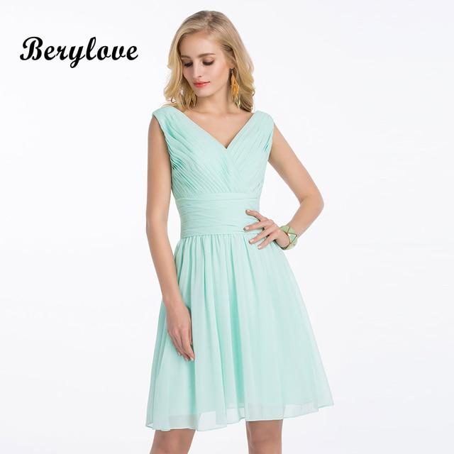 BeryLove Cute Short Mint Green Junior Bridesmaid Dresses Short 2018 Mini V  Neck Chiffon Bridesmaid Party Dresses For Wedding 73338bbbb