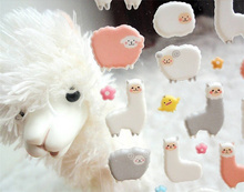 2pcs/lot Hot Promotion Novelty Cartoon Alpaca 3D Stickers Cute Diary Scrapbook Sticker Decoration PVC Stationery FOD