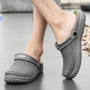 Image 4 - ARUONET Yaz Erkek Sandalet Yeni Nefes Plaj erkek ayakkabısı Takunya Rahat sabolar Flip Flop Toptan Sandalia Masculino Adulto