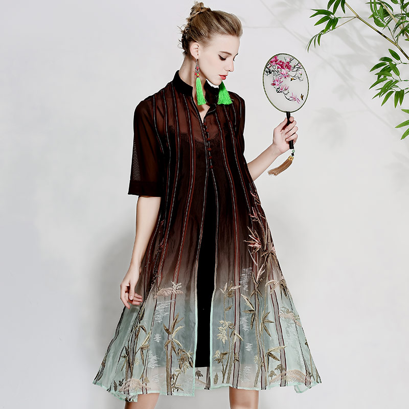 Vintage royal floreale cappotti donna di estate del vestito del ricamo Giacca A Vento della signora allentata elegante più il formato di seta trincea femminile cappotto M-XXXL