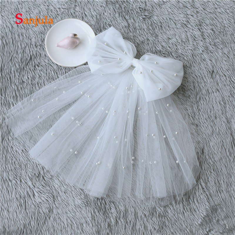 Lovely Short Wedding Veil with Comb Pearls Cut Edge Removable Bow Attractive Cheap Bridal Veil voile de mariee V28