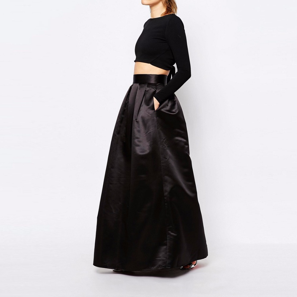 Long skirts in the floor - the trend of the spring-summer season 55