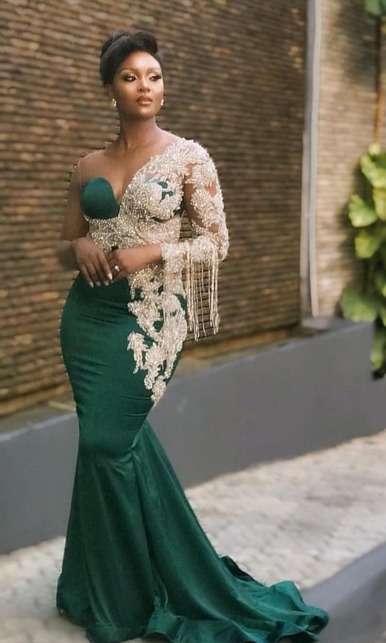 Luxury Muslim Emerald Green Evening Dresses Mermaid Beading Long Sleeve Prom Dress O Neck Muslim Arabic Evening Gowns Elegant