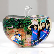 80mm Apple Shaped Crystal Photo Frame Customized Glass Picture Frame DIY Wedding Family Photo Album For Gifts(China)