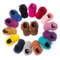 O Envio gratuito de 2017 Primavera Bebê de Couro Camurça 14 Opção de Cor Mocassins Sapatos Da Criança Do Bebê Da Menina do menino Sapatos De Bebe Primeiro caminhantes