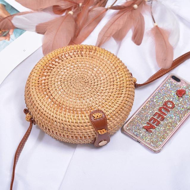 Vintage Handmade Rattan Woven Shoulder Bags PU Leather Straps Bow Hasp Holiday Beach Crossbody Bag Messengers Women Handbag 4