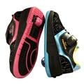 Verano de Los Niños Volando Los Zapatos Del Rodillo de La Moda Niños Zapatillas de Deporte de Malla Transpirable Diapositiva Invisible Patines Para Niños