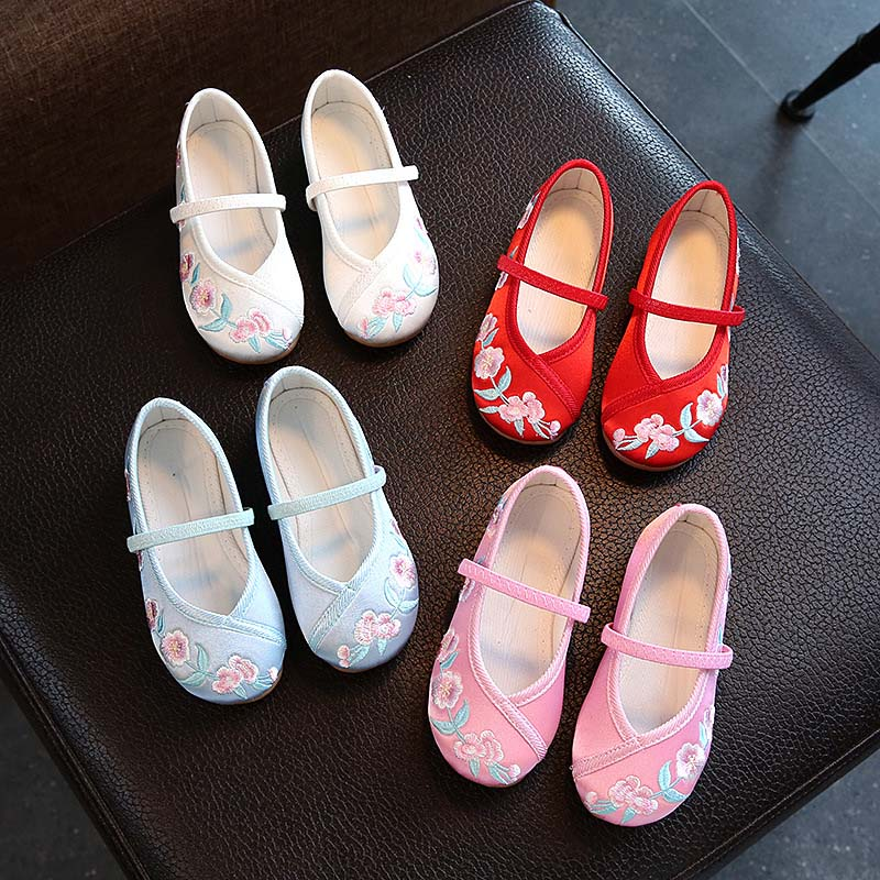 Hot Selling Kids Casual Cloth Shoes Sneakers for Toddler Girls Boys with Handmade Floral Embroidery 88