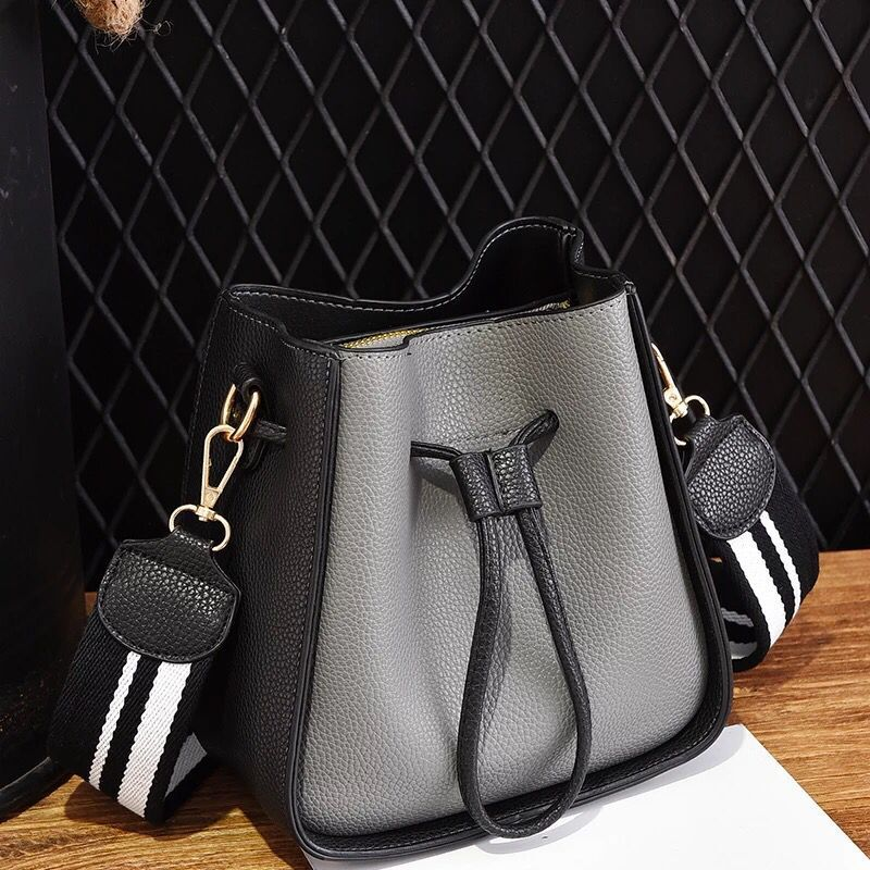 2018 New Fashion 6 colors Women Messenger Bag Composite Handbag Vintage Small Flap PU Leather Crossbody Shoulder Bag for women fashion new design pu leather lotus wave female chain purse shoulder bag handbag ladies crossbody messenger bag women s flap