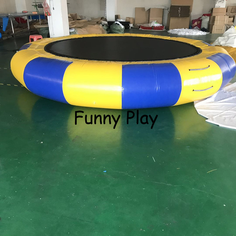Inflatable Water Bouncer Pool Float Toy Inflatable Water Platform Floating Water Park Sea Jumping Bed Inflatable Trampoline