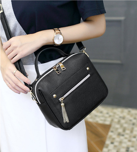 High Quality Leather Tassel Women Shoulder Bags Female Handbag Designer Brand La