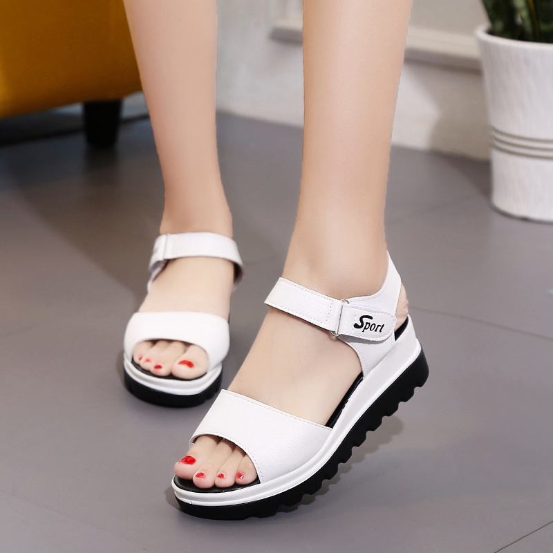 2019 Sommer Frauen Sandalen Hohe Qualität Komfortable Leder Flache Atmungs Sandalen Dame Schuhe Frau Weiß Alias