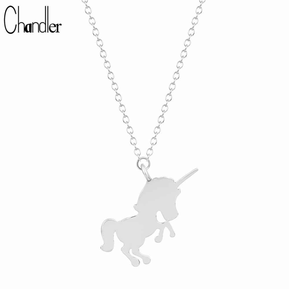 Chandler Pulando Animais Cavalo Unicórnio Pingente Colares Para As Mulheres Charme Cadeia Longa Metálico Polido Casual Bib Jóias 10 peça