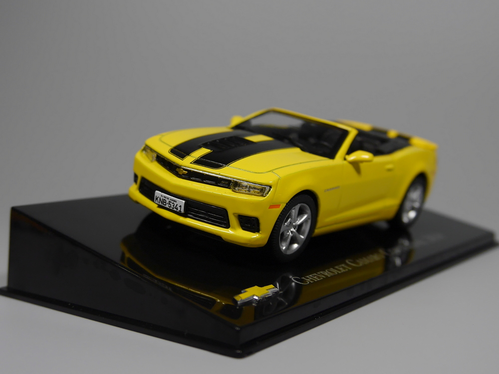 Auto Inn - ixo 1:43 Chevrolet Camaro Conversivel 2014 Diecast model car