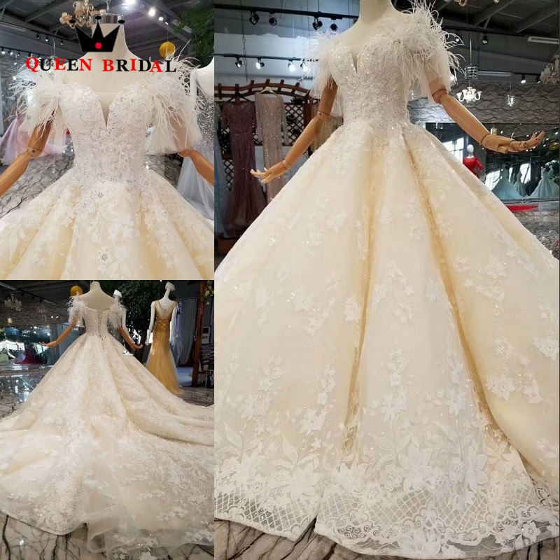 QUEEN BRIDAL Robe De Soiree 2019 A line Sequins Feathers Beaded Champagne Color Long Evening Dress Custom Made Party Gowns EV183