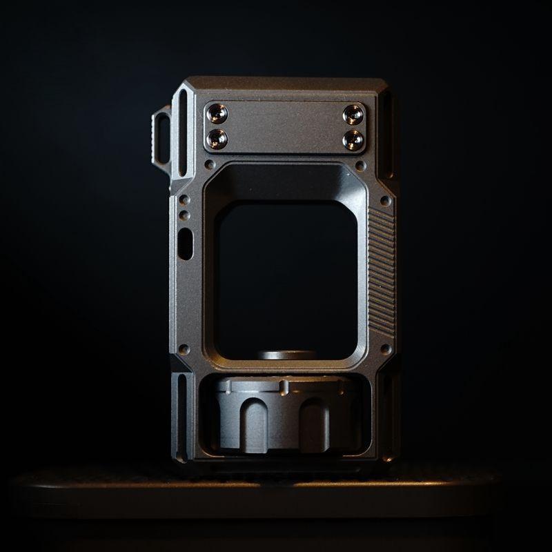 Punisher EDC Revolver Decompressione Cuscinetti Gioco Ornamenti Decorativi Decorazione Giocattolo Creativo Portatile Outdoor Attrezzi di Campeggio