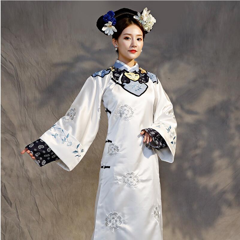Femmes élégant cheongsam Robe TV jouer performance porter Qing dynastie princesse Costume blanc broderie Robe théâtrale